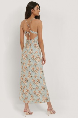 NA-KD Strap Tie Back Dress