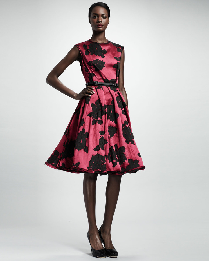 Lanvin Rose Cloque Inside-Pleat Dress, Fuchsia