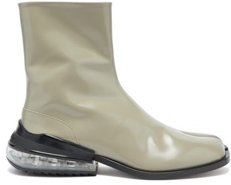 Maison Margiela Tabi Airbag Heel Split-toe Leather Boots - Mens - Grey