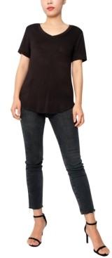 Derek Heart Juniors' V-Neck T-Shirt