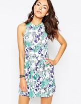 Motel Girly Dress in Floral Print