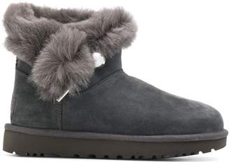 UGG round toe shearling boots