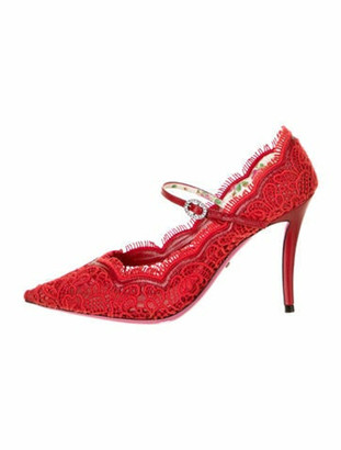 Gucci Virginia Lace Pattern Pumps Red