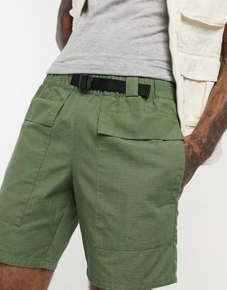Asos Design DESIGN utility shorts with webbed belt-Green