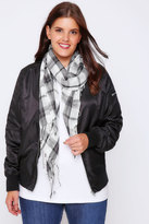 Yours Clothing White & Navy Wide Check Scarf