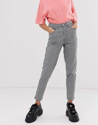 Uncivilised gingham mom jeans-Black