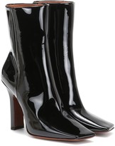 Vetements Boomerang patent leather ankle boots