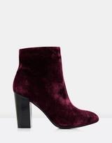 Forever New Briony Velvet Boots