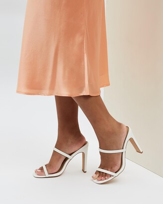 Spurr Women's White Heeled Boots - Kimmi Wide Fit Heels - Size 5 at The Iconic