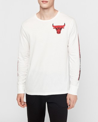 Express Chicago Bulls Nba Long Sleeve Graphic T-Shirt