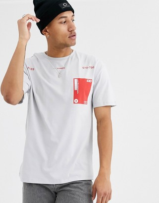 Criminal Damage t-shirt with contrast pocket in gray