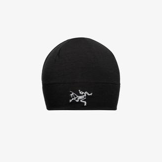 Arc'teryx black Rho stretch wool beanie hat