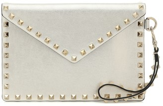 Valentino Rockstud Medium leather pouch