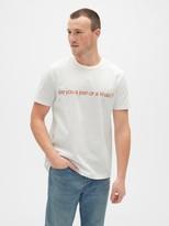 Gap ';90s Graphic Crewneck T-Shirt