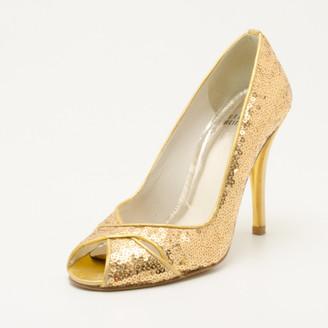 Stuart Weitzman Gold Sequin Heels Size 36