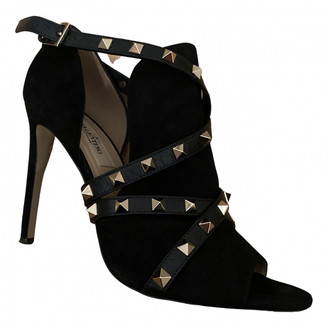 Valentino Rockstud Black Suede Ankle boots