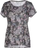 Jacqueline De Yong T-shirts - Item 37869641