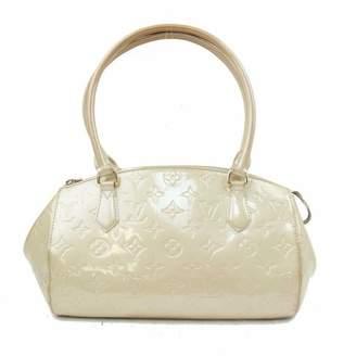 Louis Vuitton Grey Patent leather Handbags