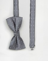 Selected Bow Tie