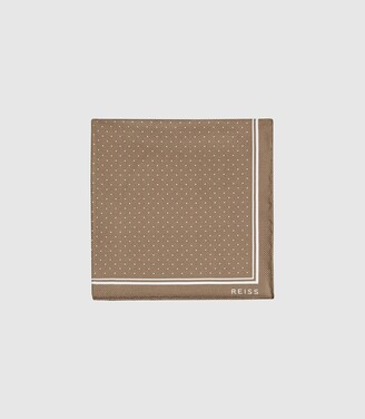 Reiss Jupiter - Silk Pocket Square in Champagne