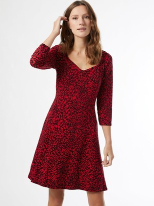 Dorothy Perkins Abstract Print Ruched Front Dress - Red