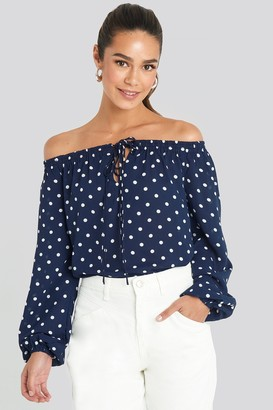 NA-KD Off Shoulder Dot Blouse Blue