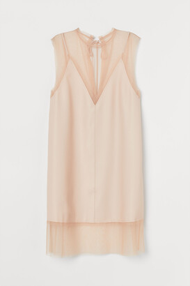 H&M Mesh-detail Dress
