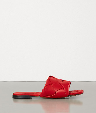 Bottega Veneta Lido Flat Sandals In Nappa