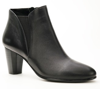 David Tate Leather Stacked Heel Booties - Pippy