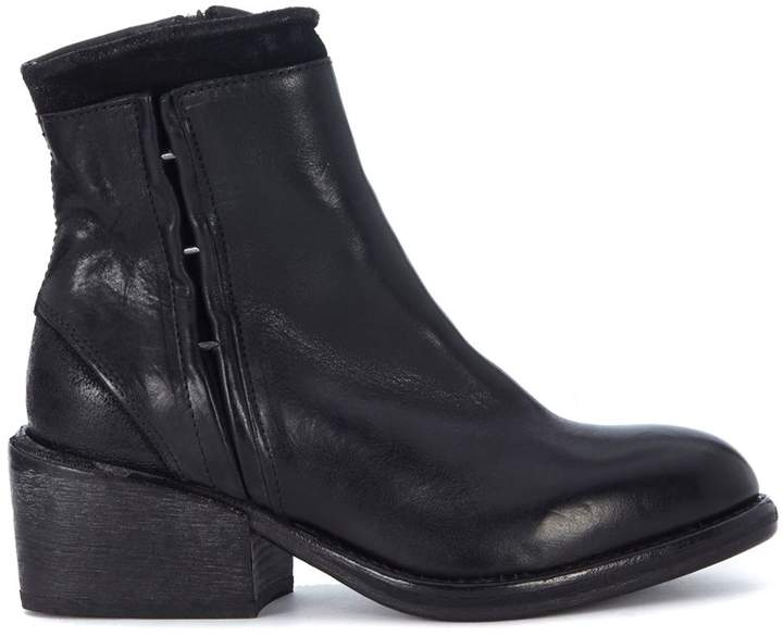 Moma Black Leather Ankle Boots With Zip And Clips