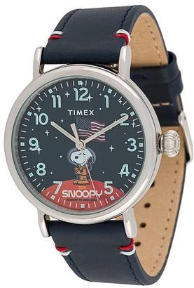 Timex x Space Snoopy 40mm watch