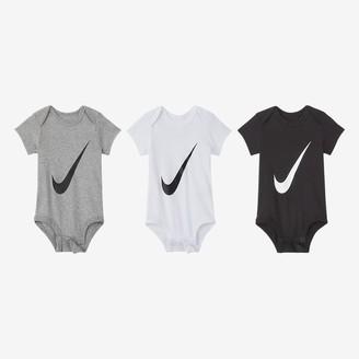 Nike Baby (0-6M) Bodysuit (3-Pack