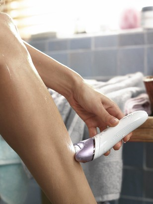 Philips Satinelle Advanced Cordless,Wet and Dry Epilator with 5 Accessories BRE635/00