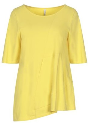Corinna Caon T-shirt