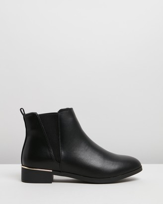 Spurr Women's Black Chelsea Boots - Peyton Ankle Boots - Size 5 at The Iconic