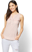 New York & Co. Sleeveless Henley Two-Pocket Top