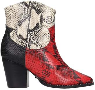 Schutz Texan Ankle Boots In Red Leather