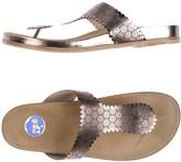 ras Toe strap sandals