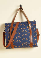 ModCloth Camp Director Snapped Tote in Foxes