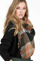 People Outfitter Boucle Blanket Scarf
