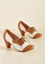 This Stride of Paradise Oxford Heel in 41