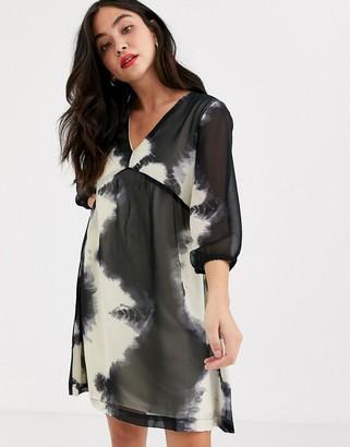 JDY Roxanne 3/4 sleeve tie die floaty dress-Black
