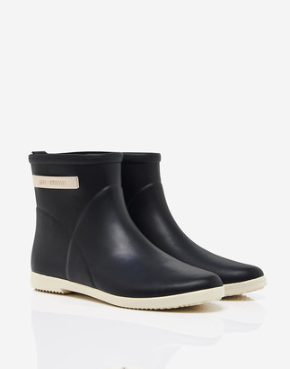 Madewell Alice + Whittles Classic Ankle Rain Boots in Black and White