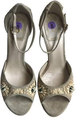 Christian Dior Beige Suede Heels