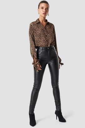 NA-KD Waxed High Waist Trousers Black