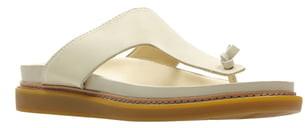 Clarks Trace Short T-Strap Sandal
