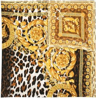Versace Baroque-Print Scarf