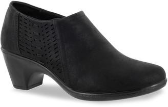 Easy Street Shoes Notch Women's Comfort Shooties