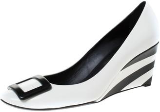 Roger Vivier Black/White Patent Leather Stripe Wedge Pumps Size 40