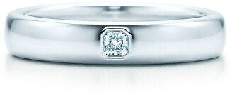 Tiffany & Co. ClassicTM wedding band ring in platinum with a diamond, 4 mm wide